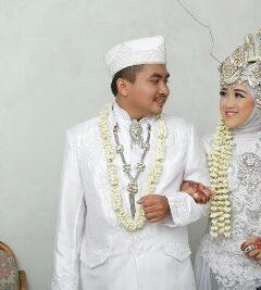Nurhayati & Dena