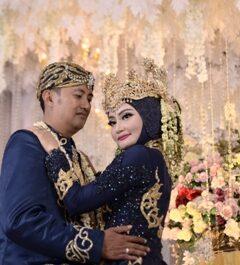 Dewi & Janwar
